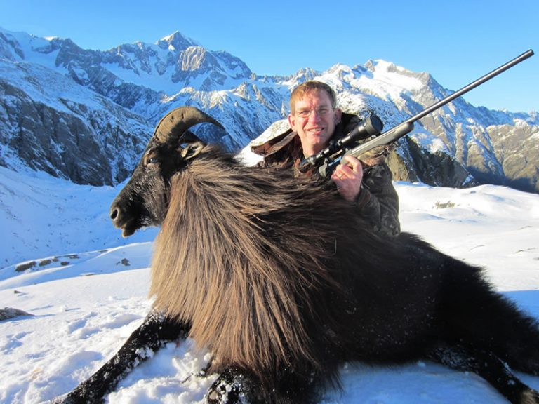 Tahr Hunt New Zealand Bull Tahr Gold Medal SCI 46.375
